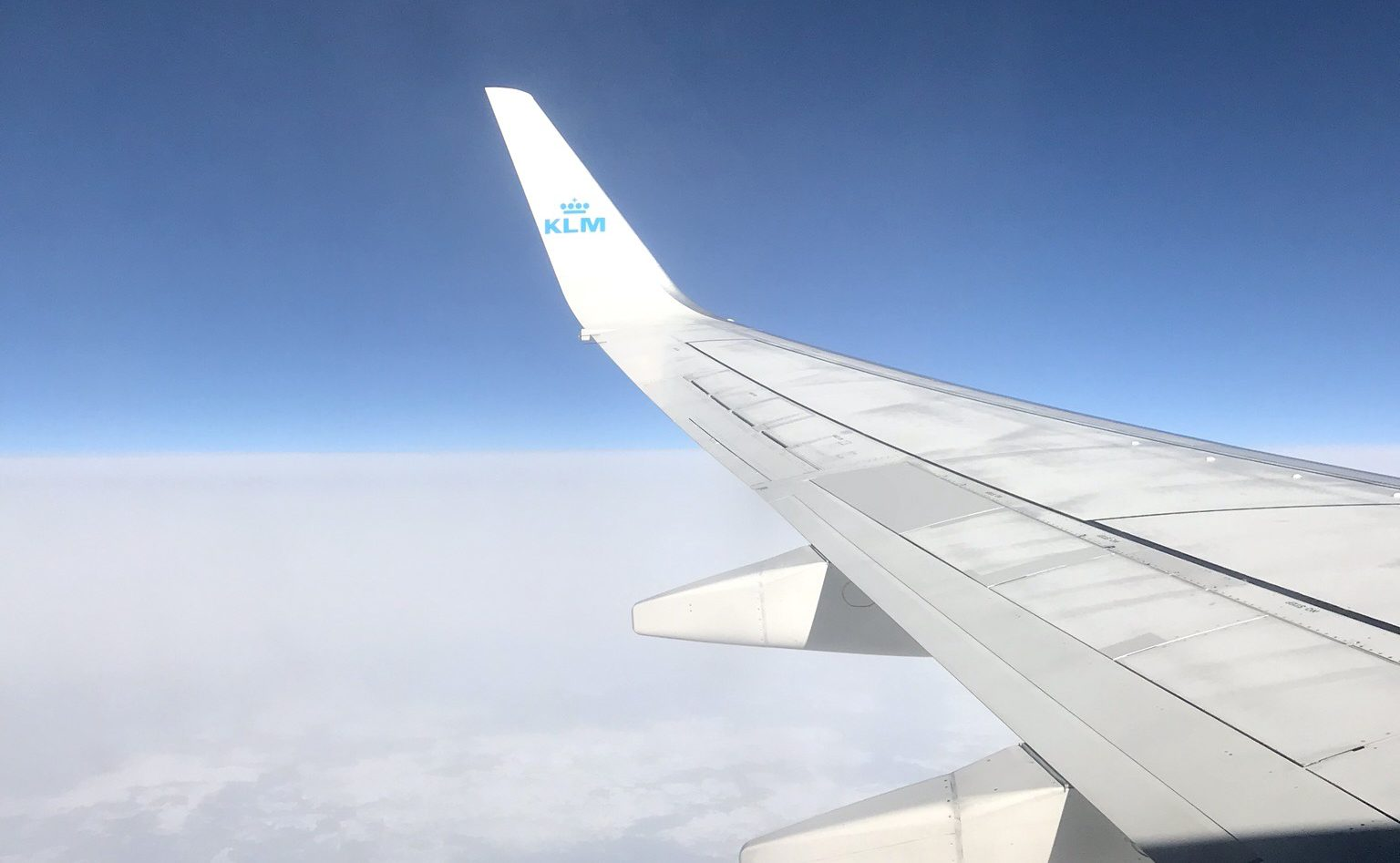 6 handbagage essentials voor een vlucht