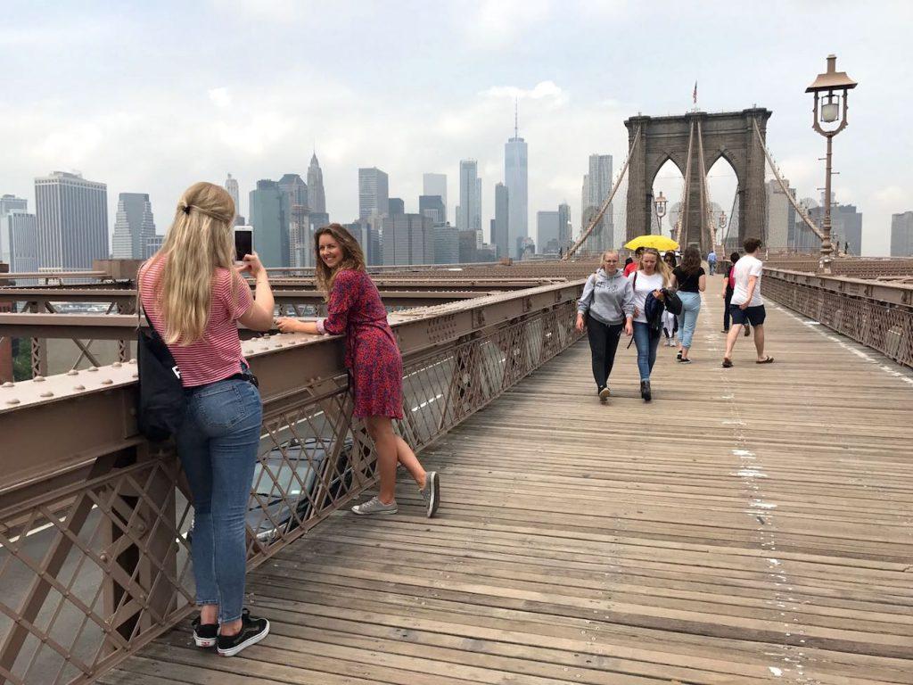 Foto's maken als je alleen reist? Zo doe je dat