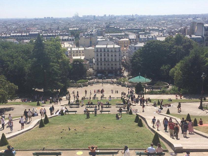 Tips voor een goedkoop weekend Parijs: prachtig uitzicht over de stad vanaf Sacre Couer