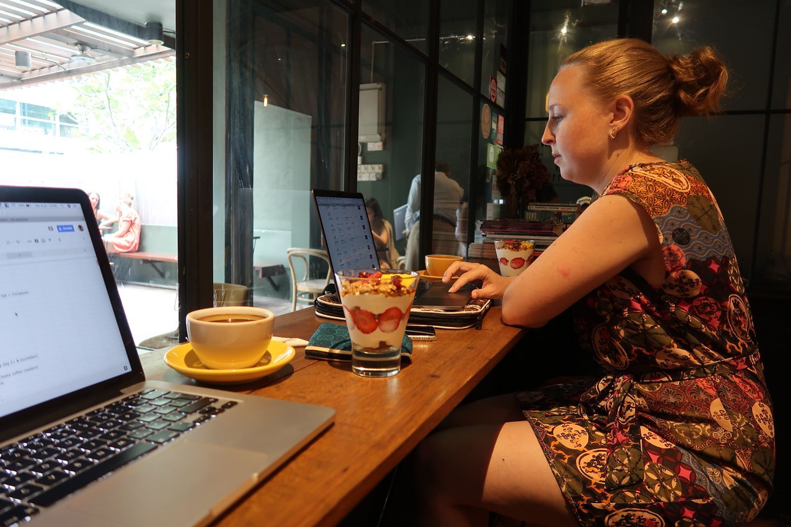 digital nomad Eleni Hoefsloot