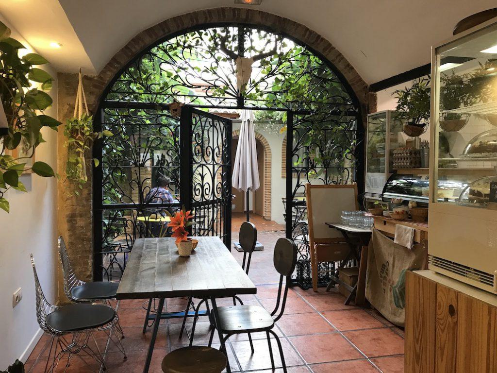 Koffie en wifi in Ruzafa, Valencia (Spanje)