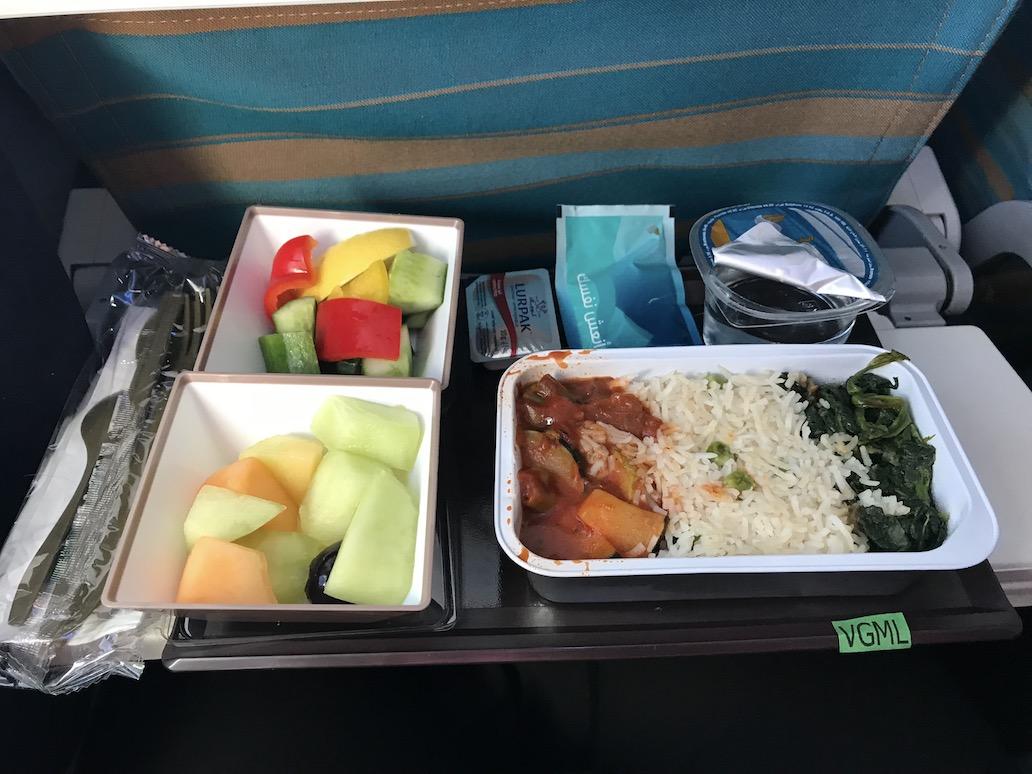 vegan maaltijd op een Oman Air vlucht