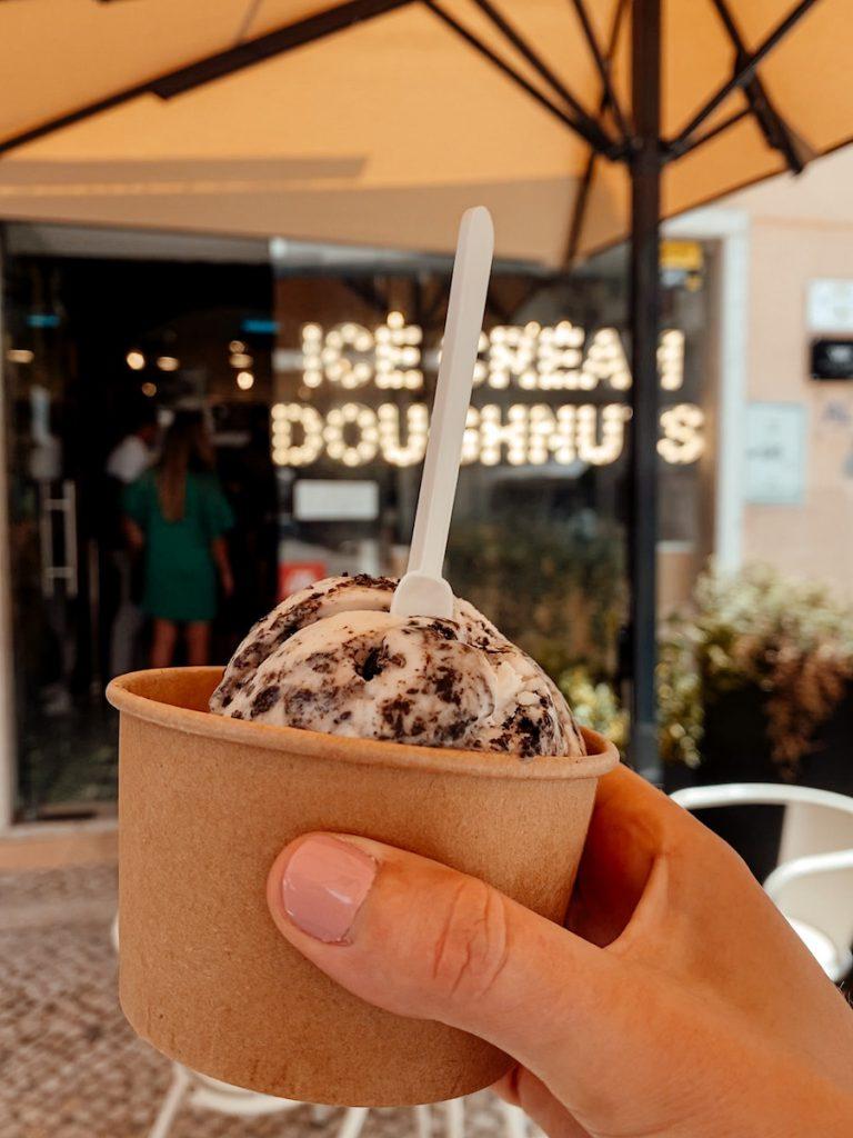 Vegan ijs in Lissabon bij scoup 'n dough