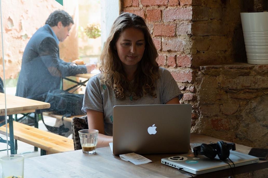 Als digital nomad een AOV afsluiten: 3 nomads over hun keuze