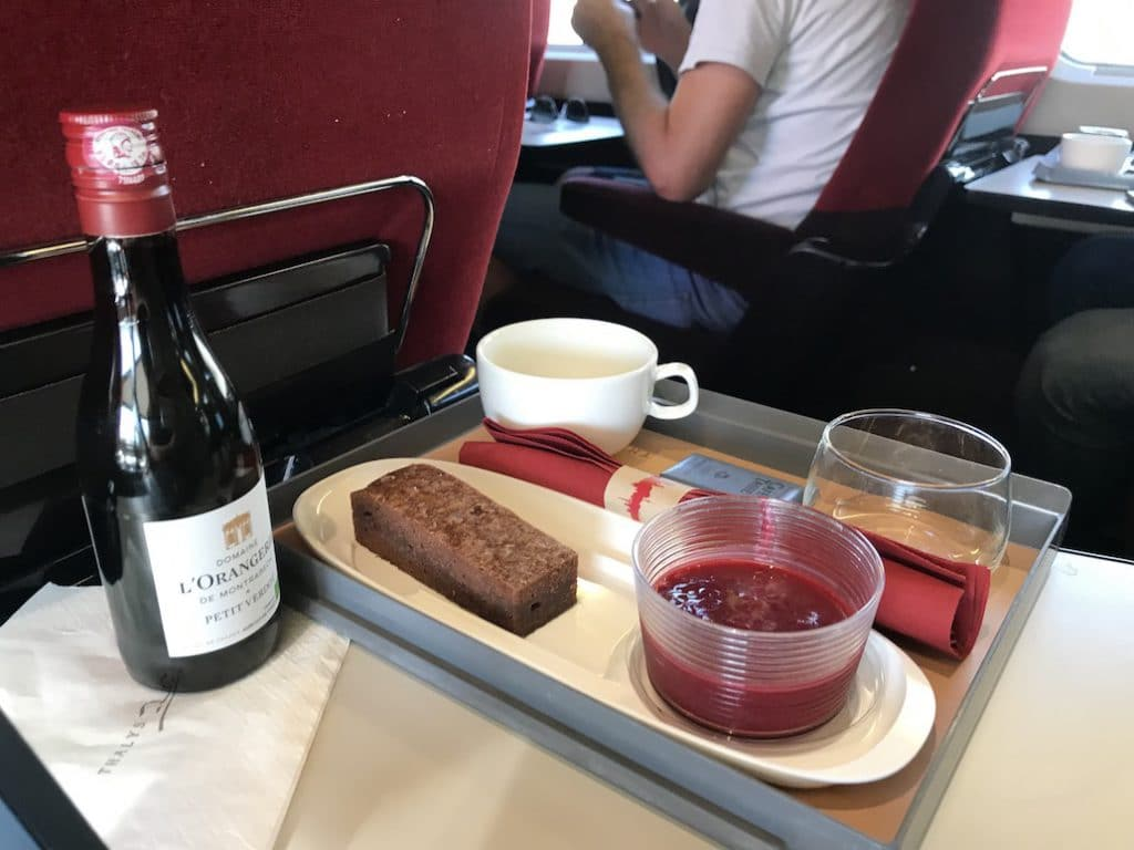 De snack aan boord van de Thalys 1e klas Premium naar Parijs