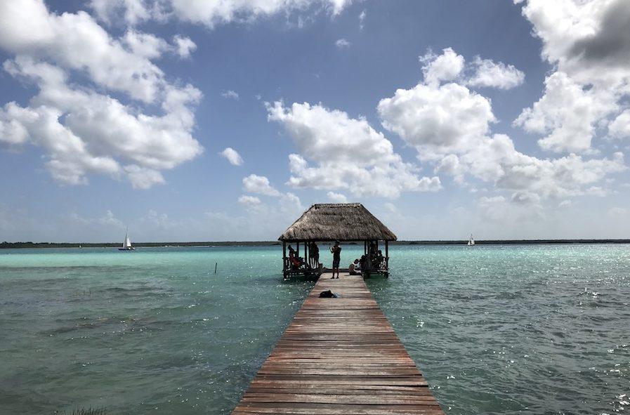 Doen in Bacalar, het meer met 7 tinten blauw
