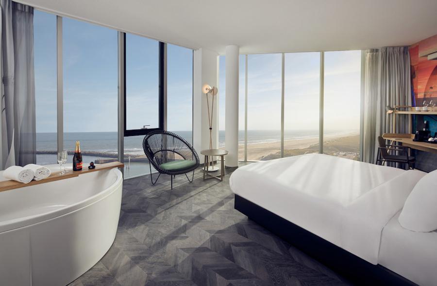 Het uitzicht vanaf Inntel Hotels Den Haag Marina Beach op Scheveningen