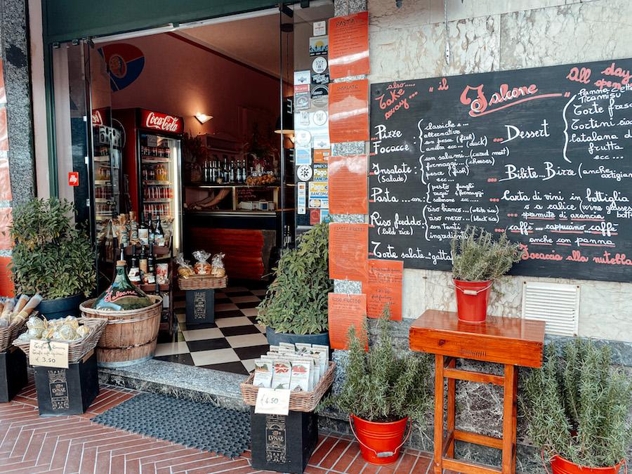 Levanto restaurant Focacceria Il Falcone