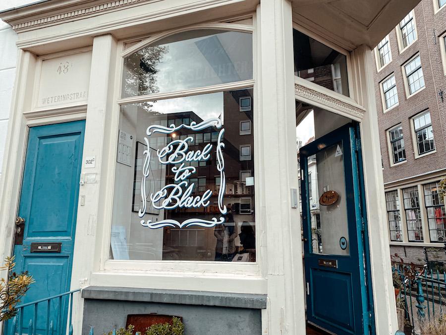 Back to Black koffietentje in Amsterdam-Centrum