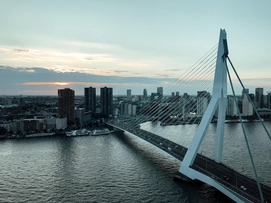 10x tof hotel met uitzicht over de stad in Nederland