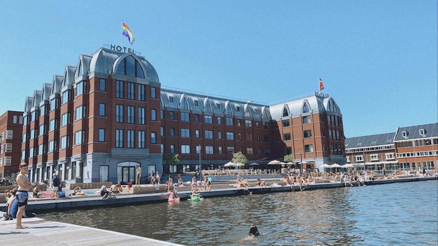 Zwemmen bij Boat en Co Amsterdam