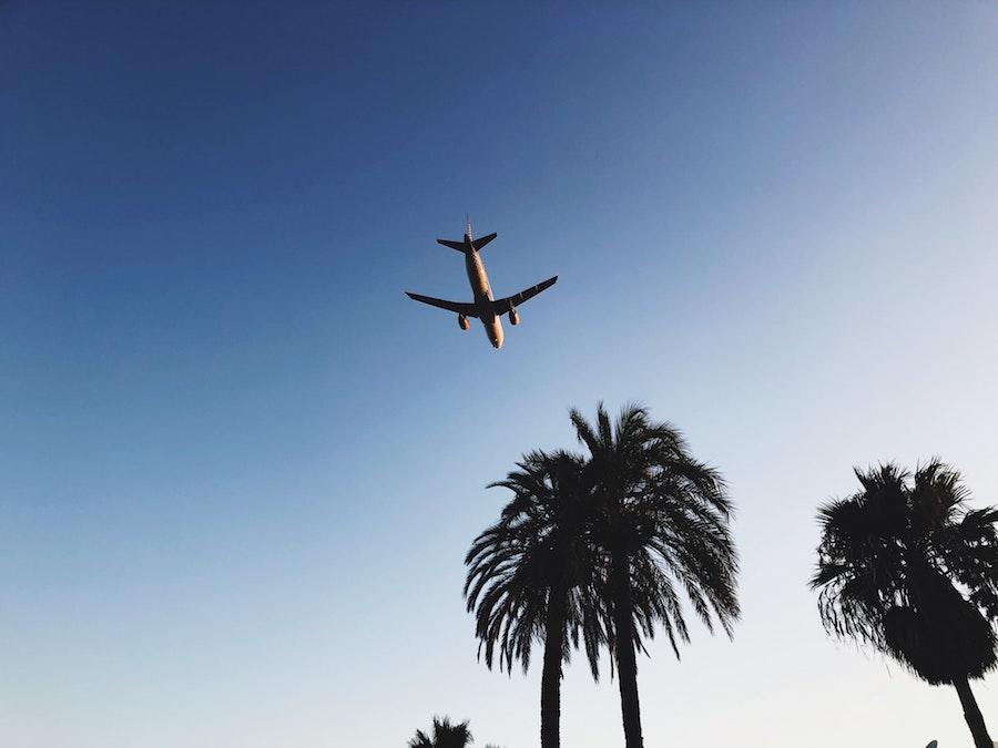 Reizen tijdens Corona: deze landen hebben een geel reisadvies