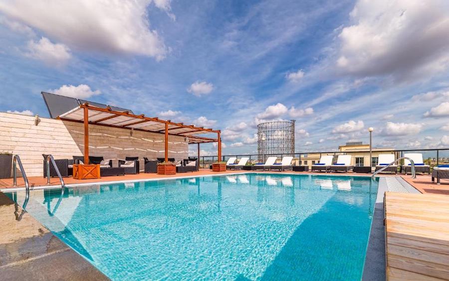 Hotel met zwembad in Rome: H10 Roma Città